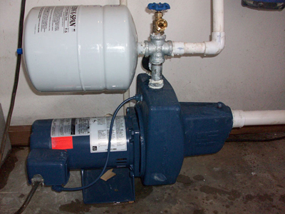 well tank hook up How to install a pressure tank for a morrison head system your pressure tank has ruptured but since you own an old morrison head on your well, your plumber has tried to convince you to move to the new advanced system.